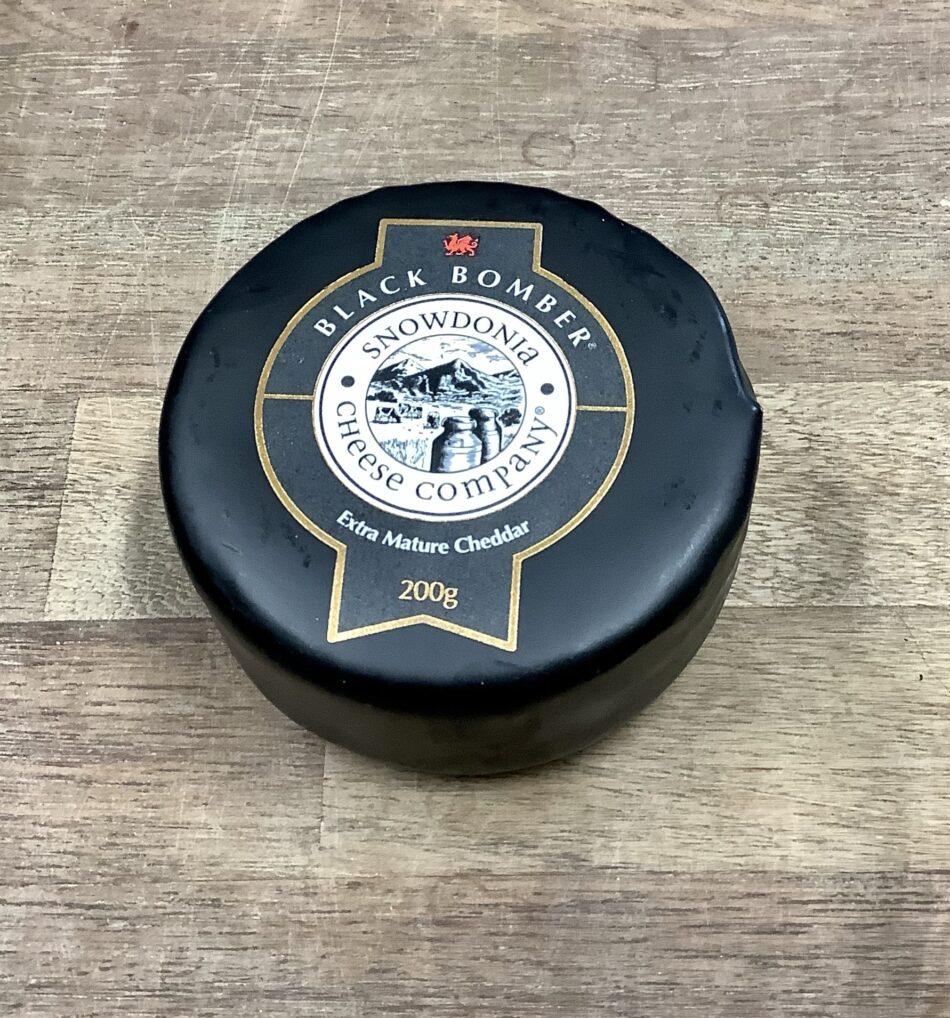 Black Bomber Cheese 200g 1